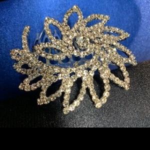 diamante hair comb 214
